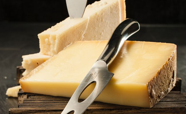 Der Carl Mertens Onlineshop Messerfinder - Messer für Käse